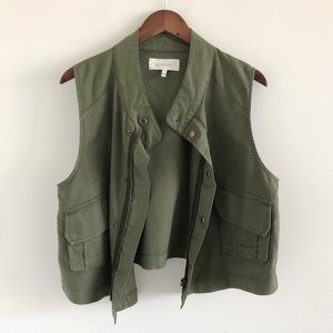 The Great. The Army Vest in Troop Green Size 1/S